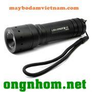 den-pin-cam-tay-led-lenser-t7-sieu-sang-san-xuat-t