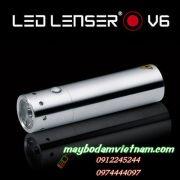 den-pin-led-cam-tay-led-lenser-v6-nho-gon