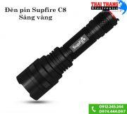 den-pin-supfire-c8t6-led-vang-xuyen-khoi