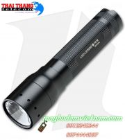 den-pin-sieu-sang-led-lenser-m7r-the-he-moi